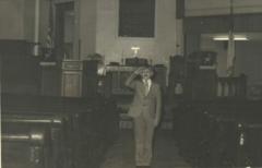 John-saluting-in-Sanctuary-1970